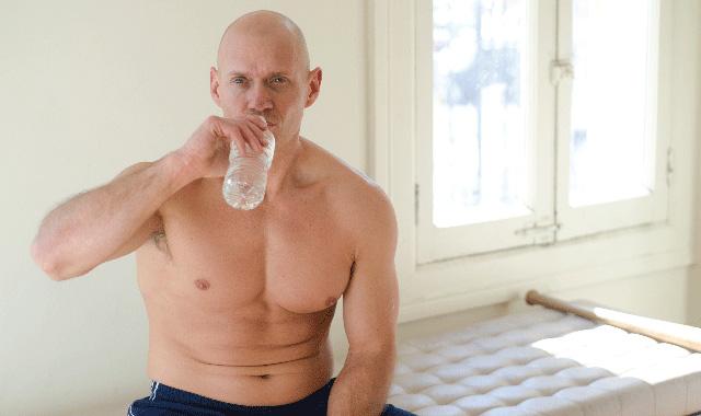 高齢になると筋肉はつきにくくなるのか
